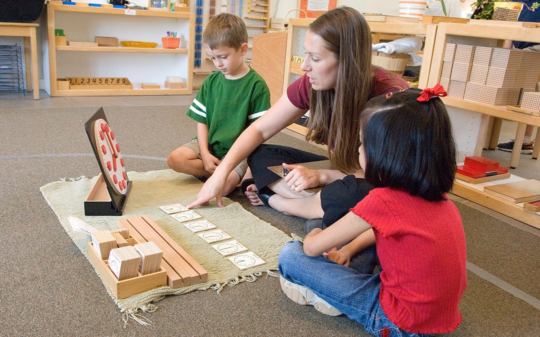Montessori 101: How to Observe in a Montessori Environment
